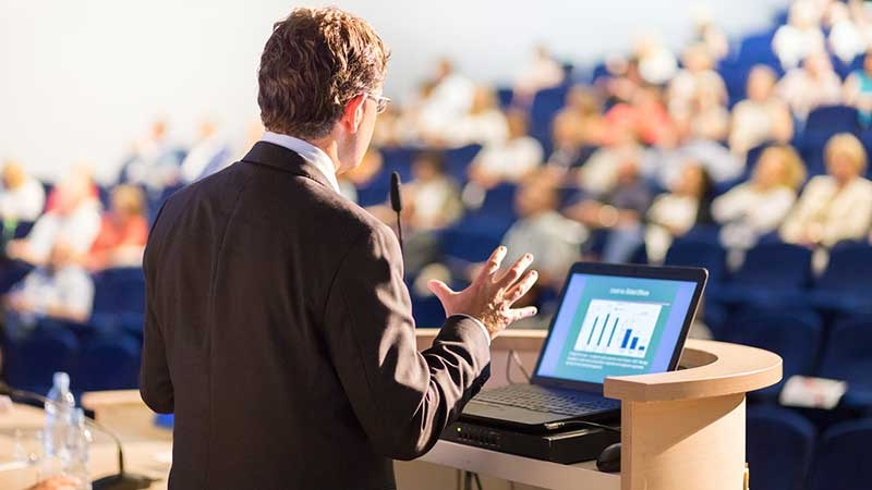 Hur du arrangerar hållbara och effektiva möten – tips från mötesexpert
