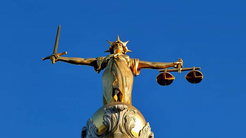 Old Bailey Justitia statyn i London