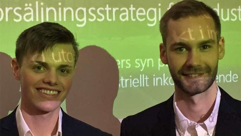 """Tony Nylander och Albin Ljung om sitt examensarbete """"Värdeorienterad försäljningsstrategi för industriella tjänster"""""""
