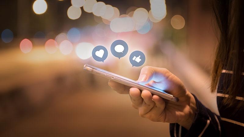 Fenomen du luras av på sociala medier