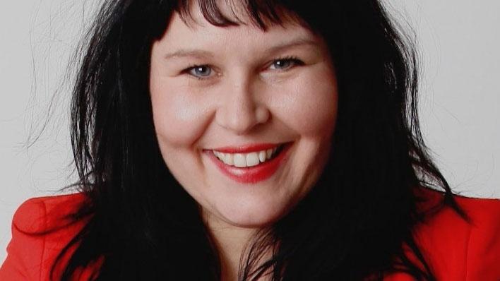 Jennifer Lind, Städsällskapet. Författad av Annika Wihlborg