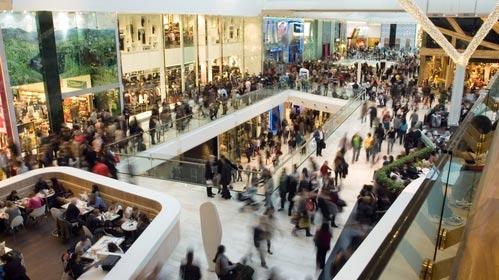 Handelsgalleria med många mindre butiker