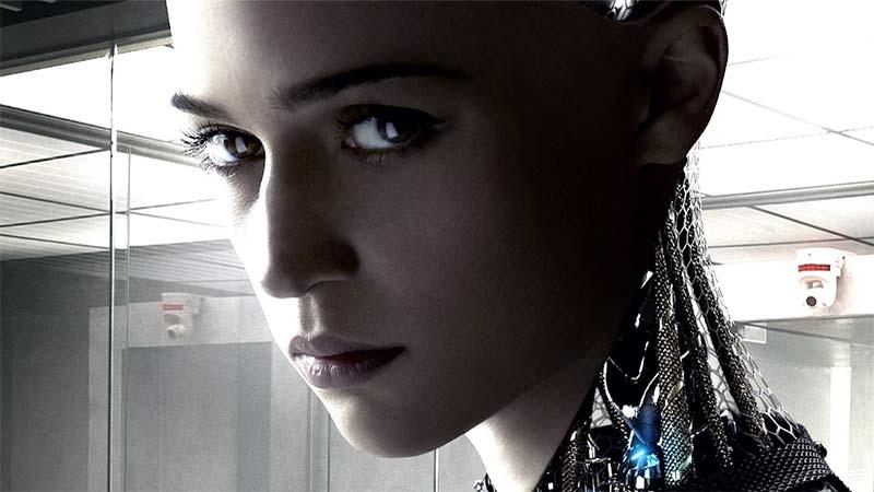 Alicia Vikander som robot i filmen Ex Machina