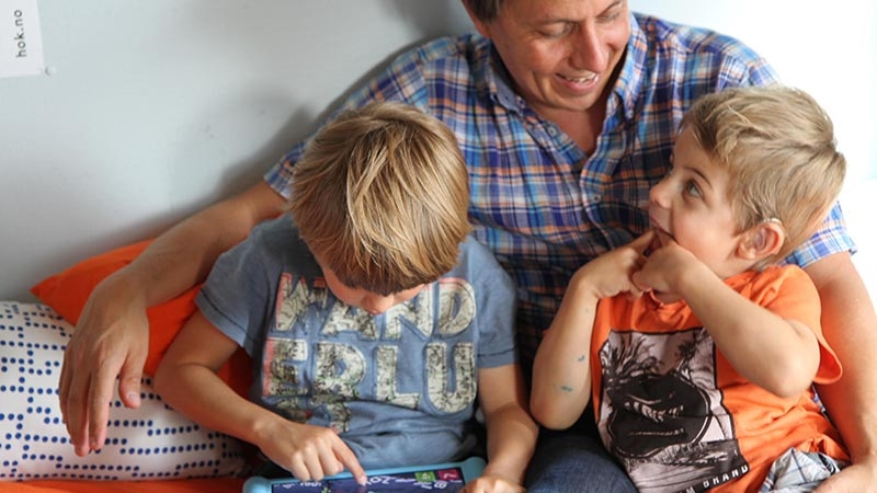 Daniel Senn och hans två barn