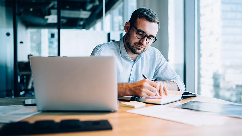 Hur du gör årsredovisning och deklaration i ditt aktiebolag
