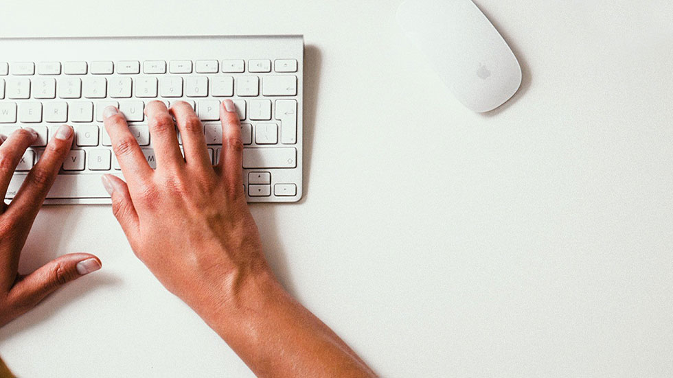 Så skriver du bra rubriker som fångar läsaren och Googles uppmärksamhet